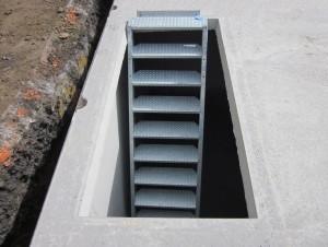 Trémie 180x80 avec escalier acier galvanisé